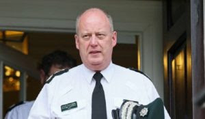 "Northern Ireland: Police chief warns of impending danger to border after Brexit, ""no one in charge"""
