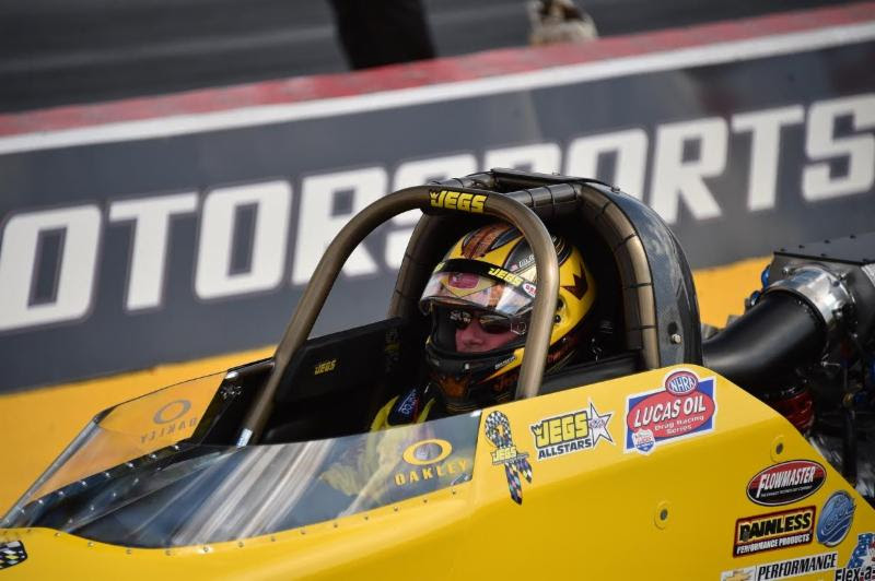 No muss, no fuss: Mike Coughlin just wants to race his JEGS.com Top Dragster