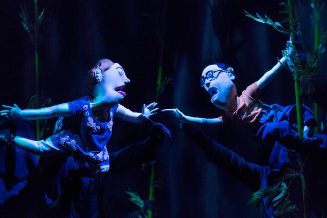 「中國製造」中的主角瑪莉(左)與艾迪,經歷一場中國奇幻之旅。(Heidi Bohnenkamp/攝影)