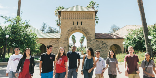Stanford Pre-Collegiate Studies participants on campus.