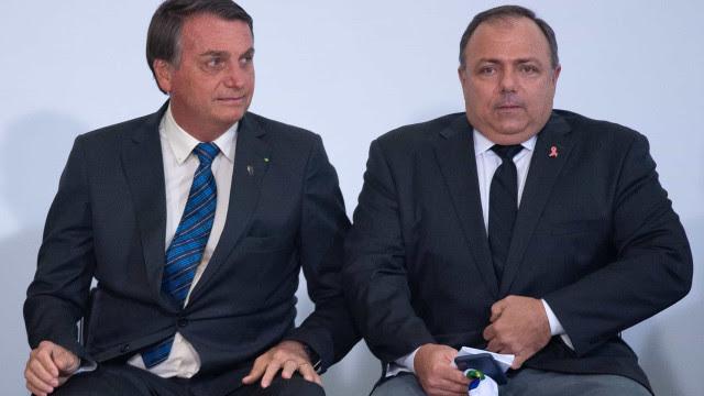 Bolsonaro e Pazuello defendem que ato não foi partidário e que não cabe punição