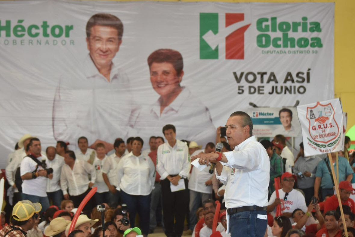 Hector Yunes Landa  Las Choapas  31-05-2016-01