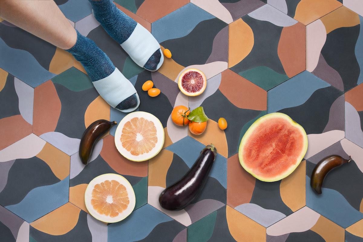 juju-papers-fruit-salad-black-cement-hex-tile-environment 2