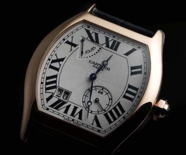 Tortue with roman numeral hour marker type