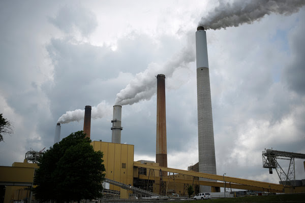 A coal-fired energy plant in Ghent, Ky., in 2014. Such plants are the main target of the Clean Power Plan.
