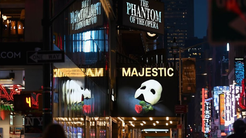 Sir Cameron Mackintosh: 'Theatres could be closed until next year'