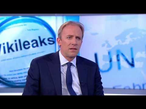 Clintonék megölették az FBI-hoz tartó Wikileaks informátort - Már az FBI is fél a Clinton-bűnszervezettől