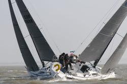 J/88s sailing Warsash spring series