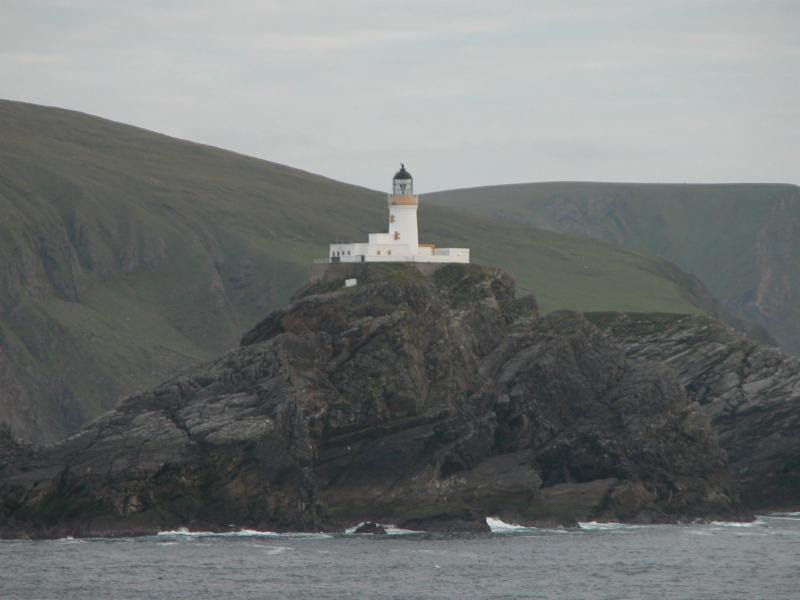 Lighthouse Muckle Flugga Erik Christensen.jpg