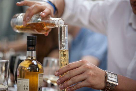 Whisky blending