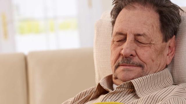 Fiocruz vê alta de idosos entre mortos por covid e alerta para transmissão
