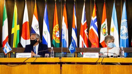 """""""La pandemia dejó al descubierto las insuficiencias del capitalismo"""": Alberto Fernández apuesta por el multilateralismo en su gira en Chile"""