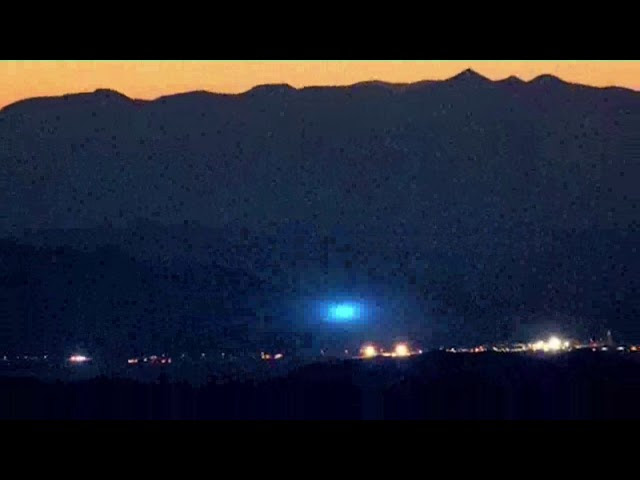 Man Camps a Few Miles Outside Area 51 and Witnesses UFO Lights  Sddefault