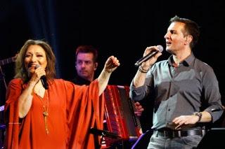 , Με sold out ξεκίνησε η Ελένη Βιτάλη και ο Δημήτρης Μπάσης στο Γυάλινο Μουσικό Θέατρο