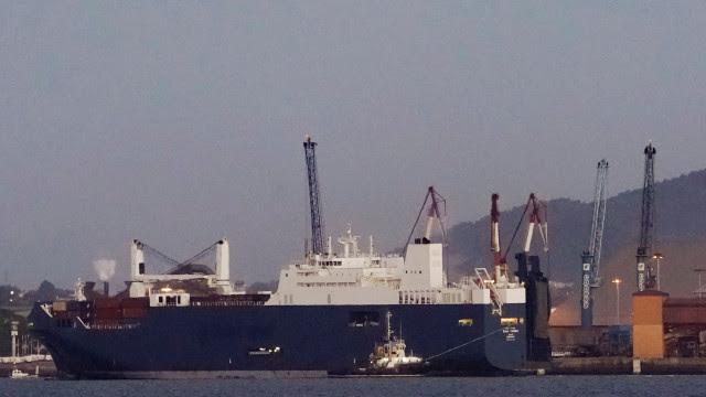 Navio saído do Brasil com tripulação infectada põe Islândia em alerta