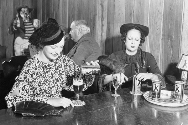 83年前,首个罐装啤酒在美国弗吉尼亚州里士满售出,迅速受到消费者的欢迎。