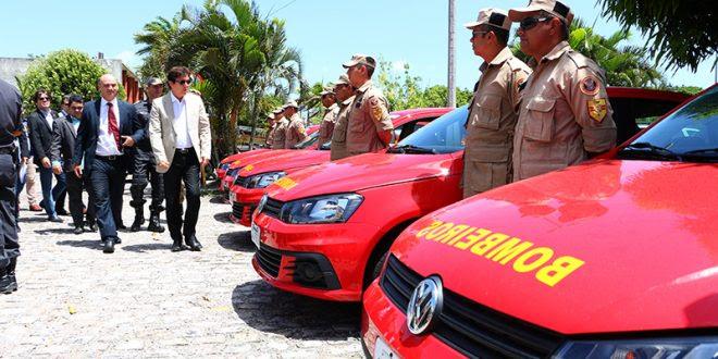 Corpo de Bombeiros recebeu novas viaturas. Foto: Demis Roussos