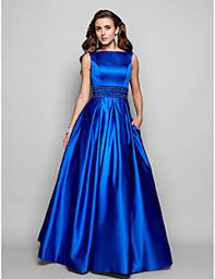 Αποτέλεσμα εικόνας για γυναικεια βραδυνα φορεματα εικονες