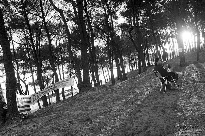 Rúben Bouza y Silvia Ledesma, ayer, en el Parque Punta de Yeguas.