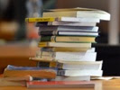 The benefits of all students reading same book