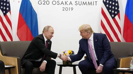 El presidente ruso Vladímir Putin y el estadunidense, Donald Trump.