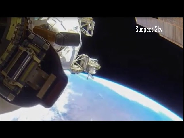 Astronaut Films UFO During Space Walk Sddefault