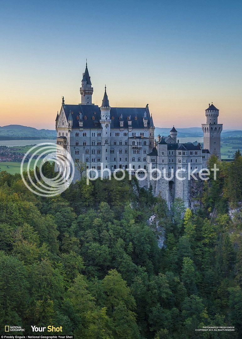 Lâu đài Neuschwanstein ở Đức là một trong số những lâu đài đẹp nhất thế giới.