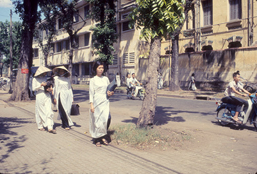 saigonxua1969-nusinhgialong