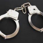 handcuffs-354042_960_720 (1)