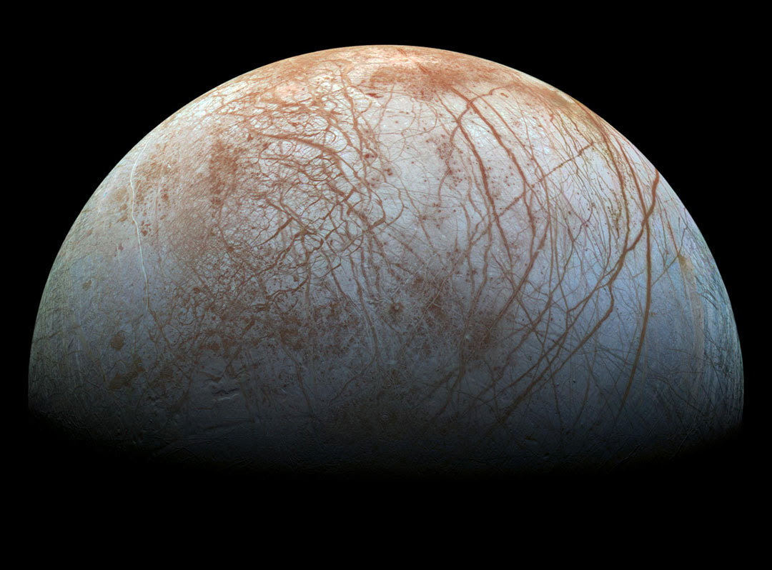 picture of the jupiter moon Europa