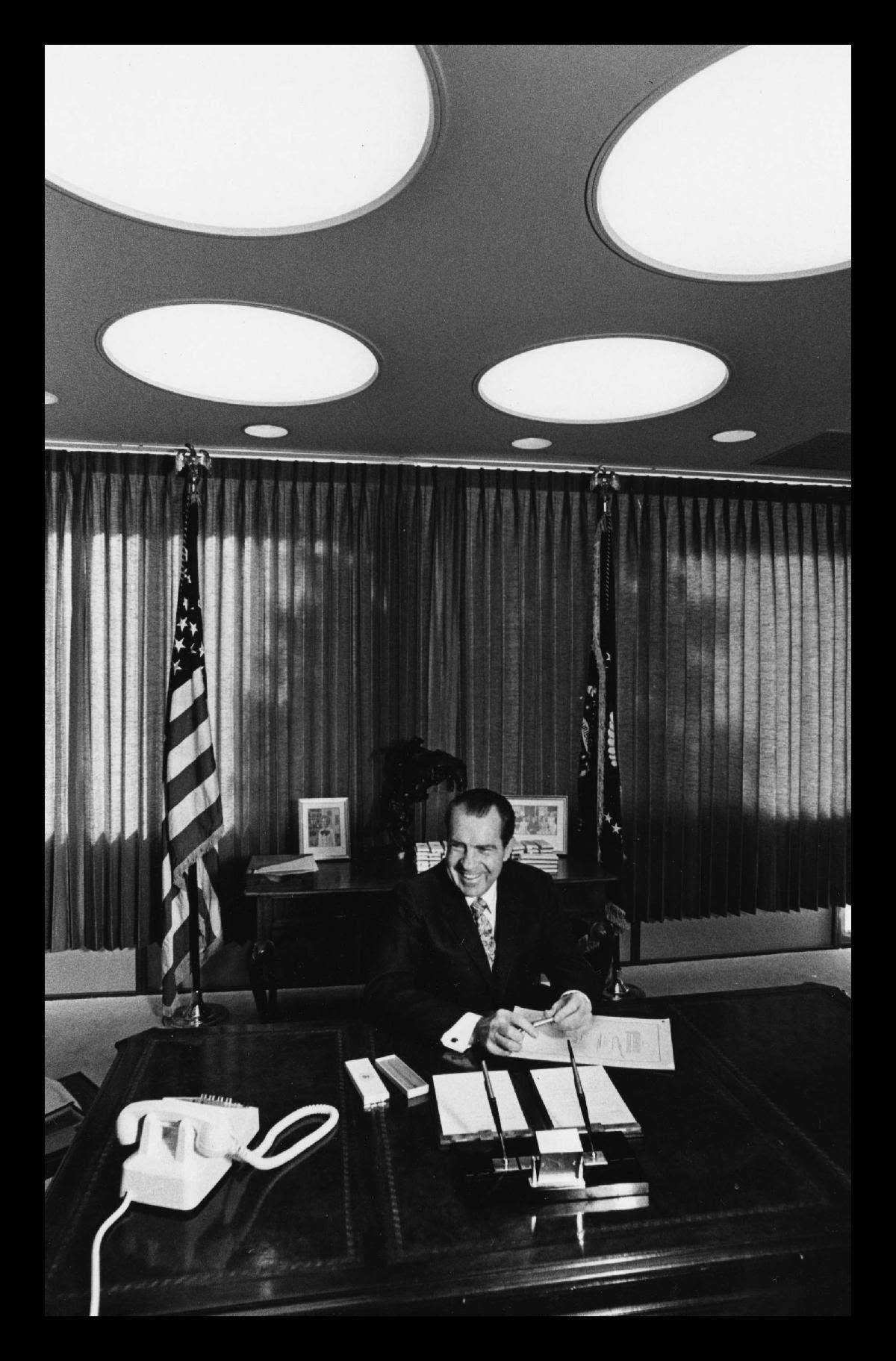 Nixon signing nepa.jpg