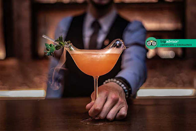 Live Music, 4 Cocktails & Nibbles For 2 @ 5* Waldorf, Covent Garden
