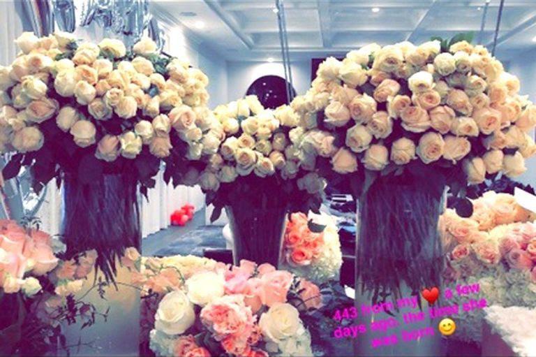 kylie-roses-1517948549.jpeg