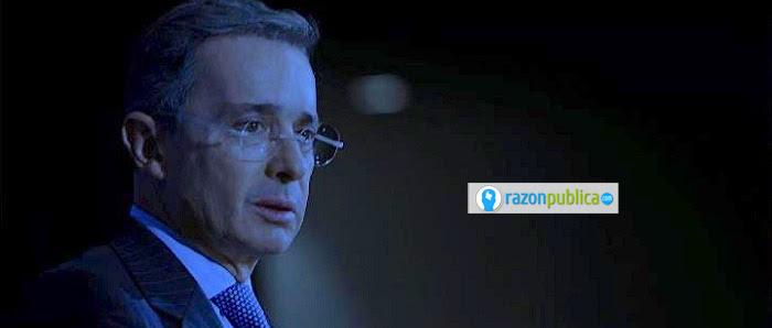 Uribe no cumplió su promesa de retirarse y fundar una universidad. Se quedó siendo el acérrimo opositor de Santos y el Acuerdo de Paz