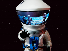 2001: A SPACE ODYSSEY DEFORM REAL DISCOVERY ASTRONAUT