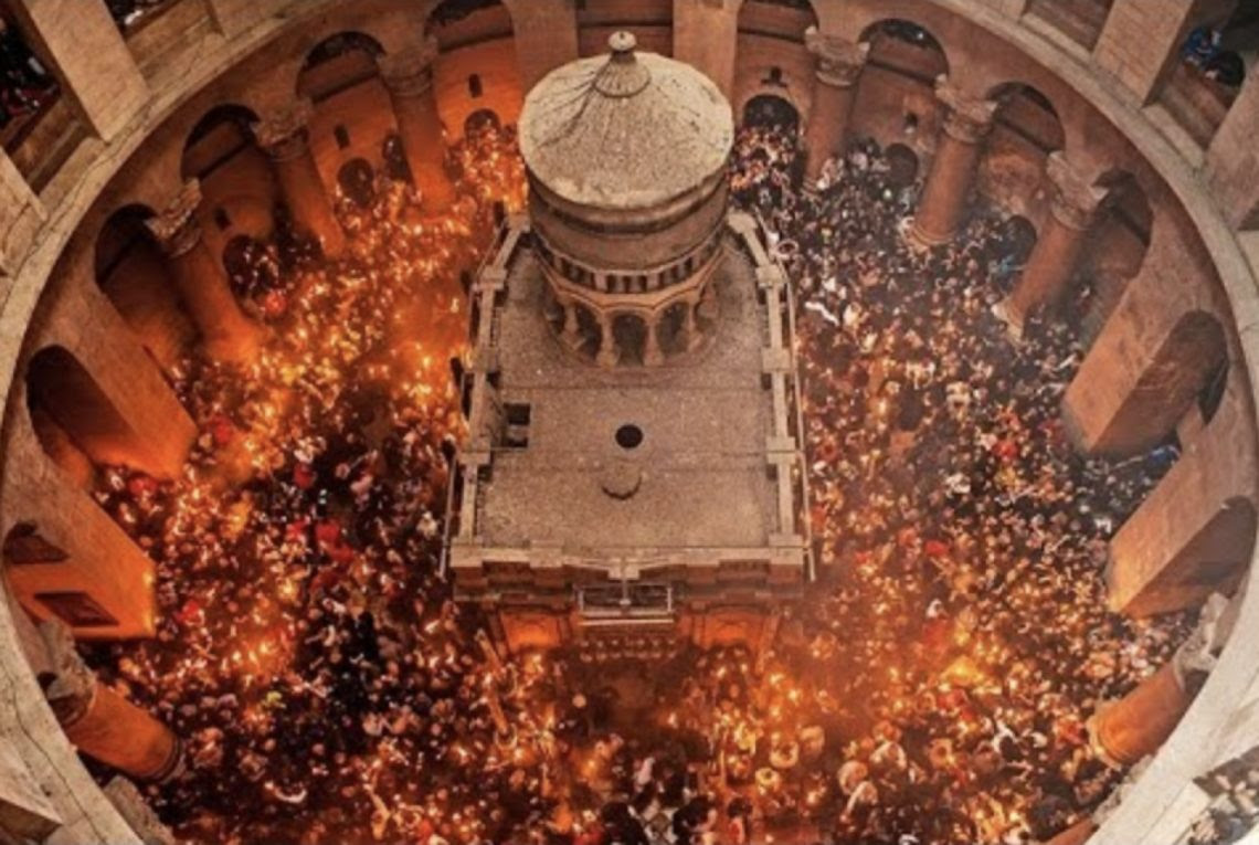 The Church of the Holy Sepulcher in Jerusalem was again opened. Thus ended a three-day protest against the plans of the mayoralty to impose the property of the Church of the Holy Sepulcher tax.