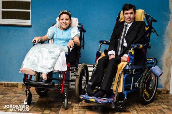 Estes são Vivi e Luiz, um casal muito lindo