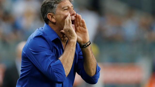 Grêmio faz 2 a 0 no Guarani-PAR e abre vantagem por vaga nas quartas