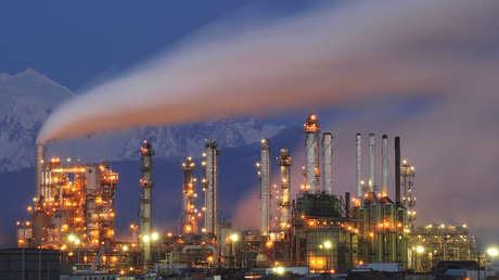 Los mercados se desploman en todo el mundo: ¿qué está pasando con las acciones y el petróleo?