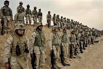 http://www.aporrea.org/imagenes/2008/12/t_soldados_eeuu_en_irak_6nov04_136.jpg