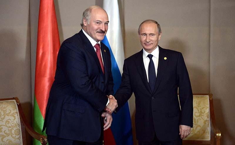 Alexander Lukashenko with Vladimir Putin