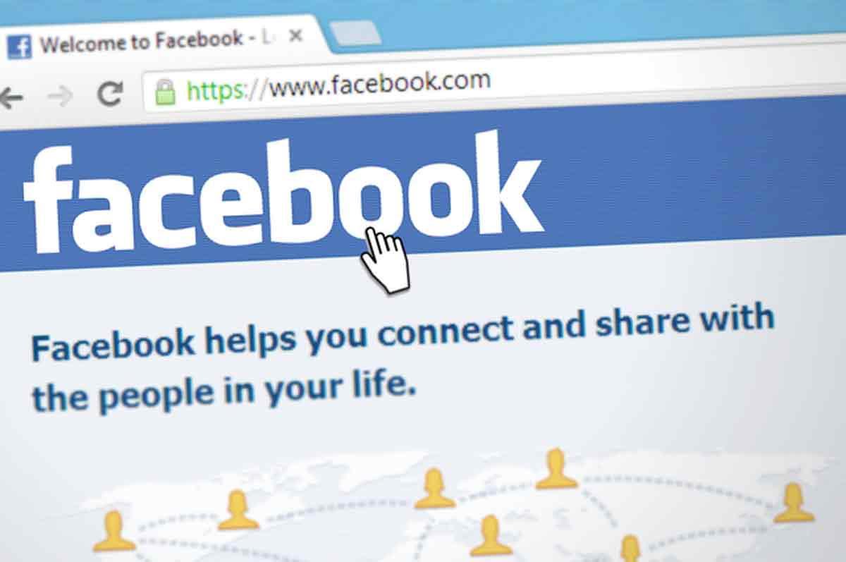 Filtran teléfono de Zuckerberg junto a millones de datos