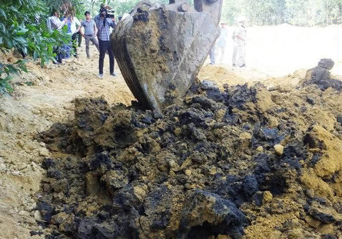 Formosa xả thải, Formosa, Xyanua, Khởi tố vụ chôn chất thải Formosa