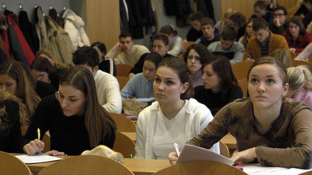 Alunos em sala de aula