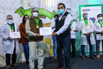 Arequipa y Puno se coronaron como los mejores productores de queso de la Región Sur