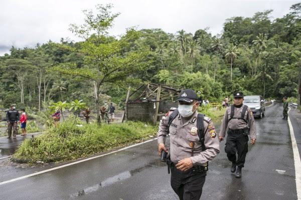 Χιλιάδες τουρίστες εγκαταλείπουν το Μπαλί μετά την επαναλειτουργία του αεροδρομίου