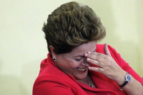 Dilma_Sorrindo02