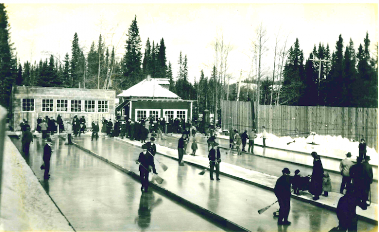 early-Calgary-curling-bonspiel-photo-from-Glenbow-Archives.jpeg-768x471.png