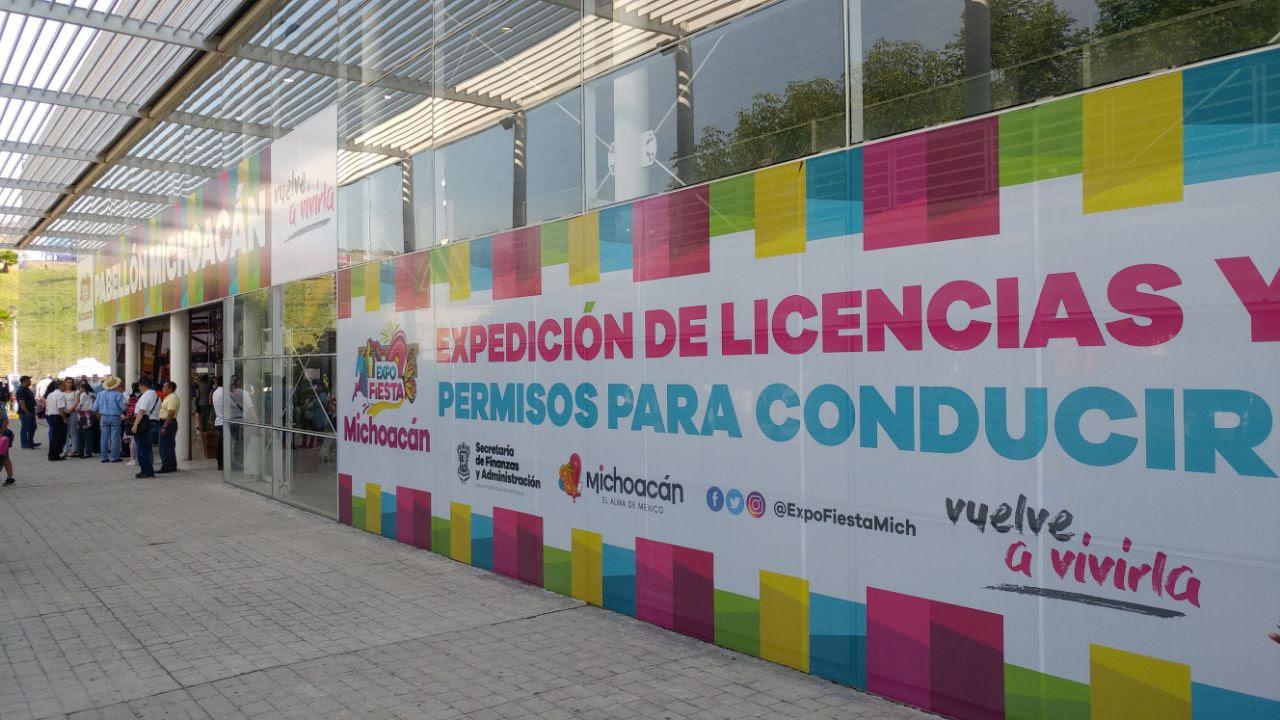Instalan En La Expo Fiesta Módulo Para Expedición De Licencias