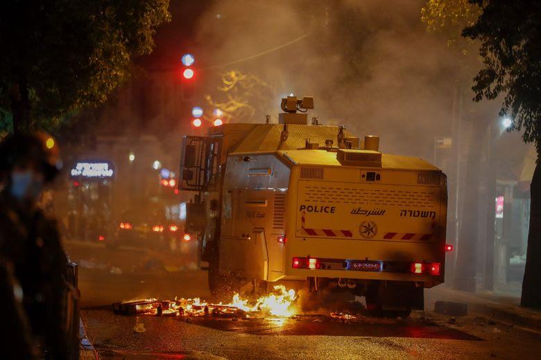 Dimanche, des affrontements ont éclaté entre la police israélienne et des ultraorthodoxes à Jérusalem.